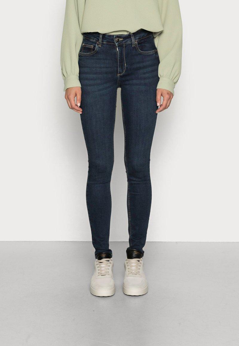 Liu Jo Jeans - DIVINE  - Jeans Skinny Fit - blue arboga wash