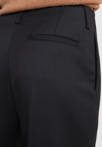 Filippa K - KARLIE TROUSER - Kalhoty - black - 4