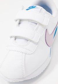 Nike Sportswear - CORTEZ BASIC - Sneakers basse - white/iced lilac/soar - 2