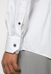 Eton - CONTEMPORARY FINE STRIPES WEAVE  - Formal shirt - white - 5