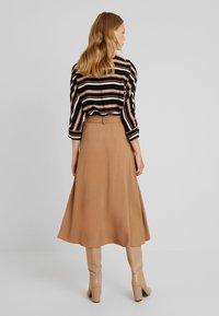 More & More - A-line skirt - caramel - 2