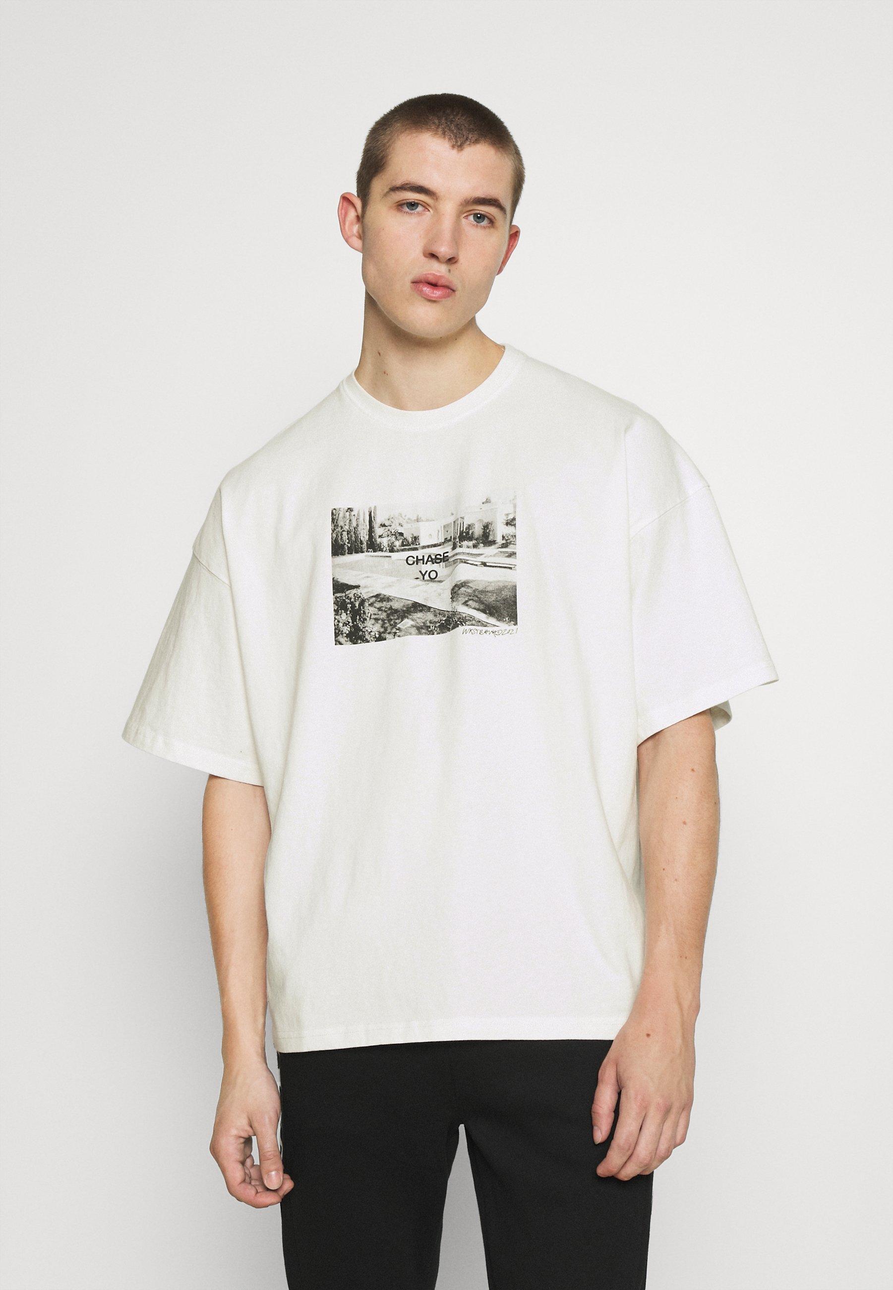 Men CHASE T-SHIRT OFFWHITE WASHED UNISEX - Print T-shirt