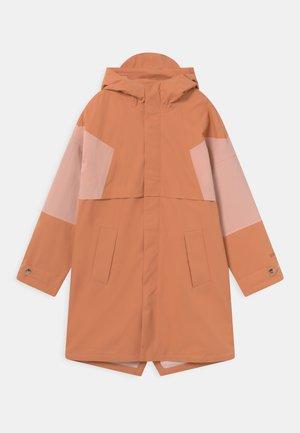 DESERT FOX UNISEX - Waterproof jacket - terra cotta/evening pink