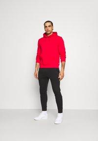 Calvin Klein Golf - ALL OVER PRINT HOODIE - Sweatshirt - red - 1