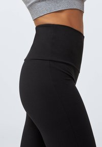 OYSHO - Pantalon classique - black - 3