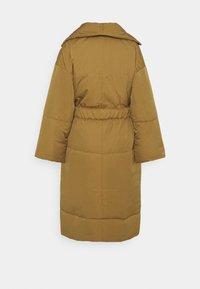 Proenza Schouler White Label - MATTE PUFFER LONG COAT - Zimní kabát - cider - 1