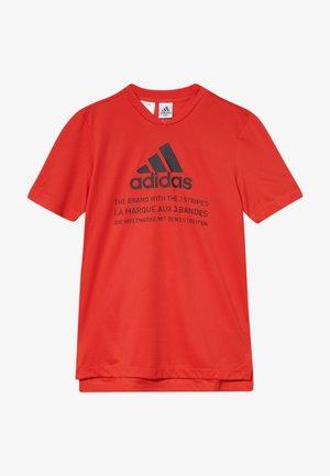 TEE  - Print T-shirt - vivred/black