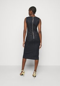 Versace Jeans Couture - LADY DRESS - Denim dress - indigo - 2