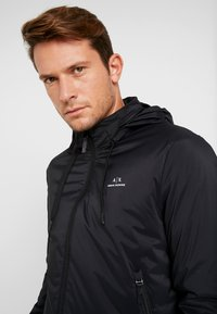 Armani Exchange - Korte jassen - black - 5