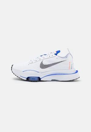 AIR ZOOM TYPE - Sneakers - white/black/racer blue/hyper crimson/university gold