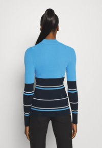 J.LINDEBERG - BERTHE STRIPED GOLF - Jumper - navy - 2