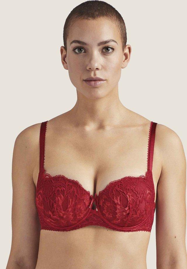 Balconette bra - rouge amour