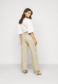 Dr.Denim Petite - ECHO - Relaxed fit jeans - cashew - 2