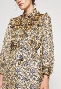 sandro - Shirt dress - doré/bleu - 4