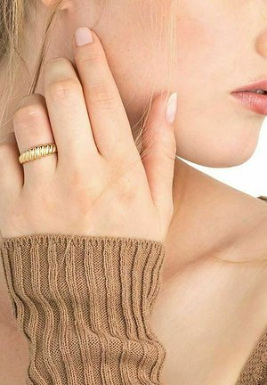 CROIS - Ring - gold