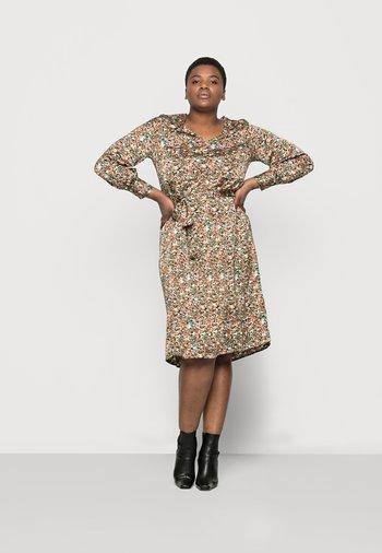 VMLULU CALF DRESS