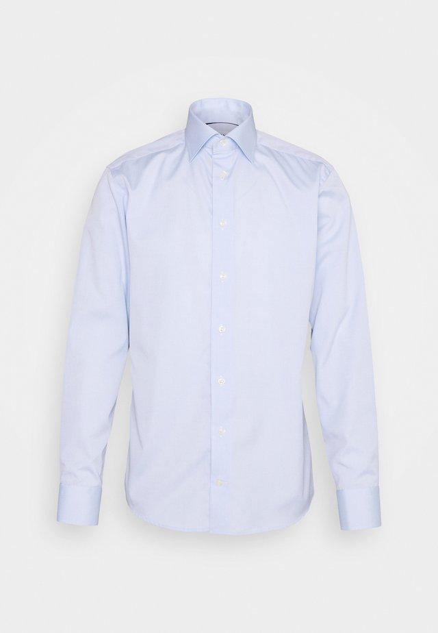POPLIN  - Business skjorter - light blue