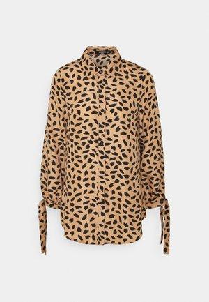 TIE CUFF DRESS DALMATIAN - Shirt dress - stone