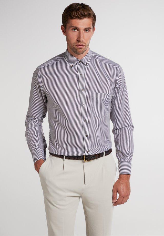 MODERN FIT - Zakelijk overhemd - braun/weiß