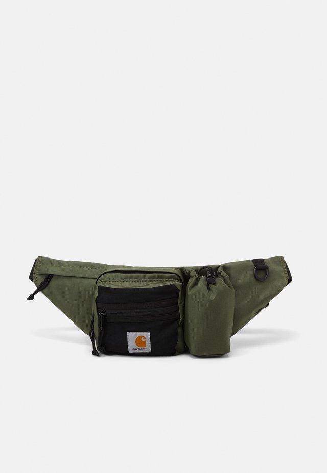 DELTA HIP BAG UNISEX - Ledvinka - dollar green