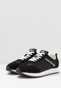Calvin Klein Jeans - JERROLD - Sneakers laag - black - 2