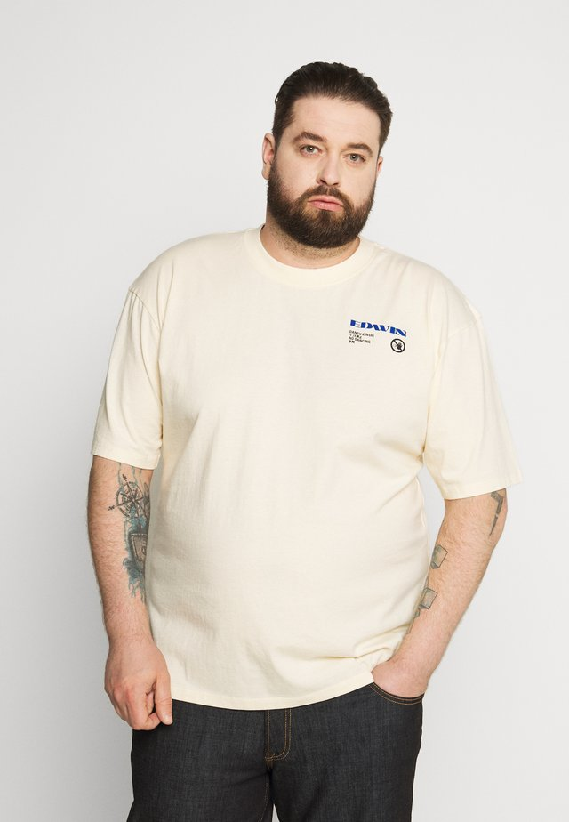 PLUS NO DANCING - T-shirt con stampa - vanilla