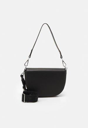 LISKA - Across body bag - black