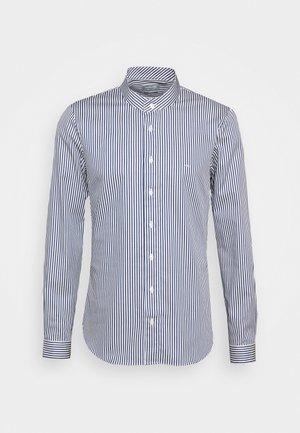 STRIPE STRETCH SLIM SHIRT - Formal shirt - estate blue