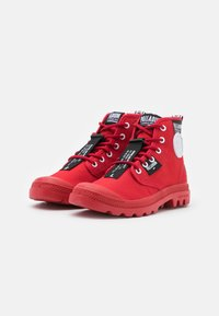 Palladium - PAMPA LITE OVERLAB UNISEX - Sneakersy wysokie - red - 1