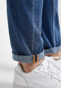 Lee - RIDER - Straight leg jeans - mid stone - 5