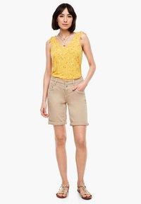 s.Oliver - TOP MIT FLORALEM PRINT - Blouse - yellow aop - 1
