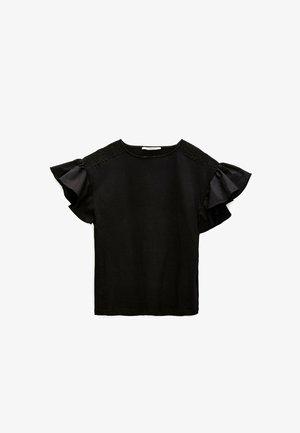 MIT VOLANTÄRMELN  - Blouse - black