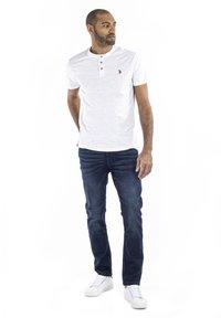 U.S. Polo Assn. - BARKER - T-shirt - bas - white - 1