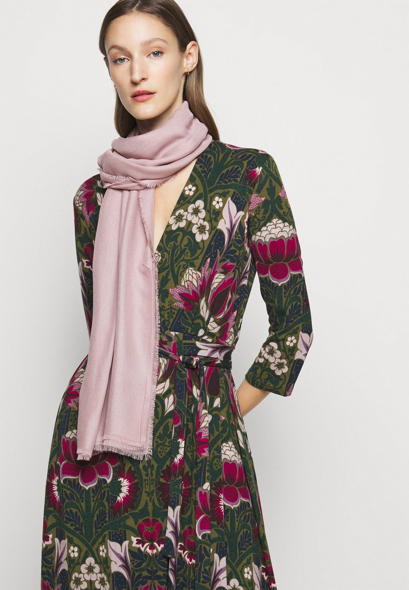 WEEKEND MaxMara - EMA - Šátek - rosa