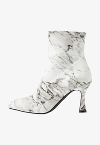 BEBO - JOLINA - Classic ankle boots - white - 1