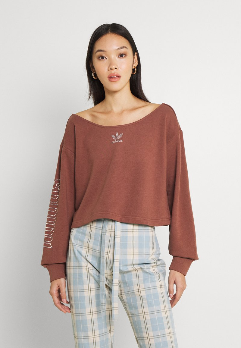 adidas Originals - SLOUCHY CREW - Sweatshirt - earth brown