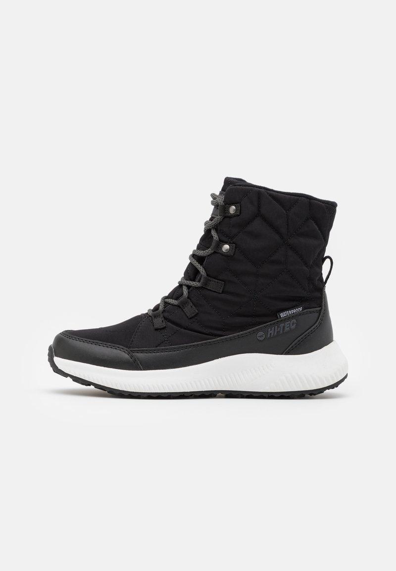 Hi-Tec - QUILTY WP - Zimní obuv - black/white