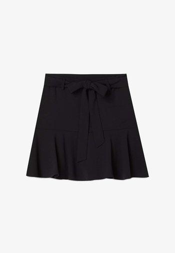 FLIESSENDER  - A-line skirt - black