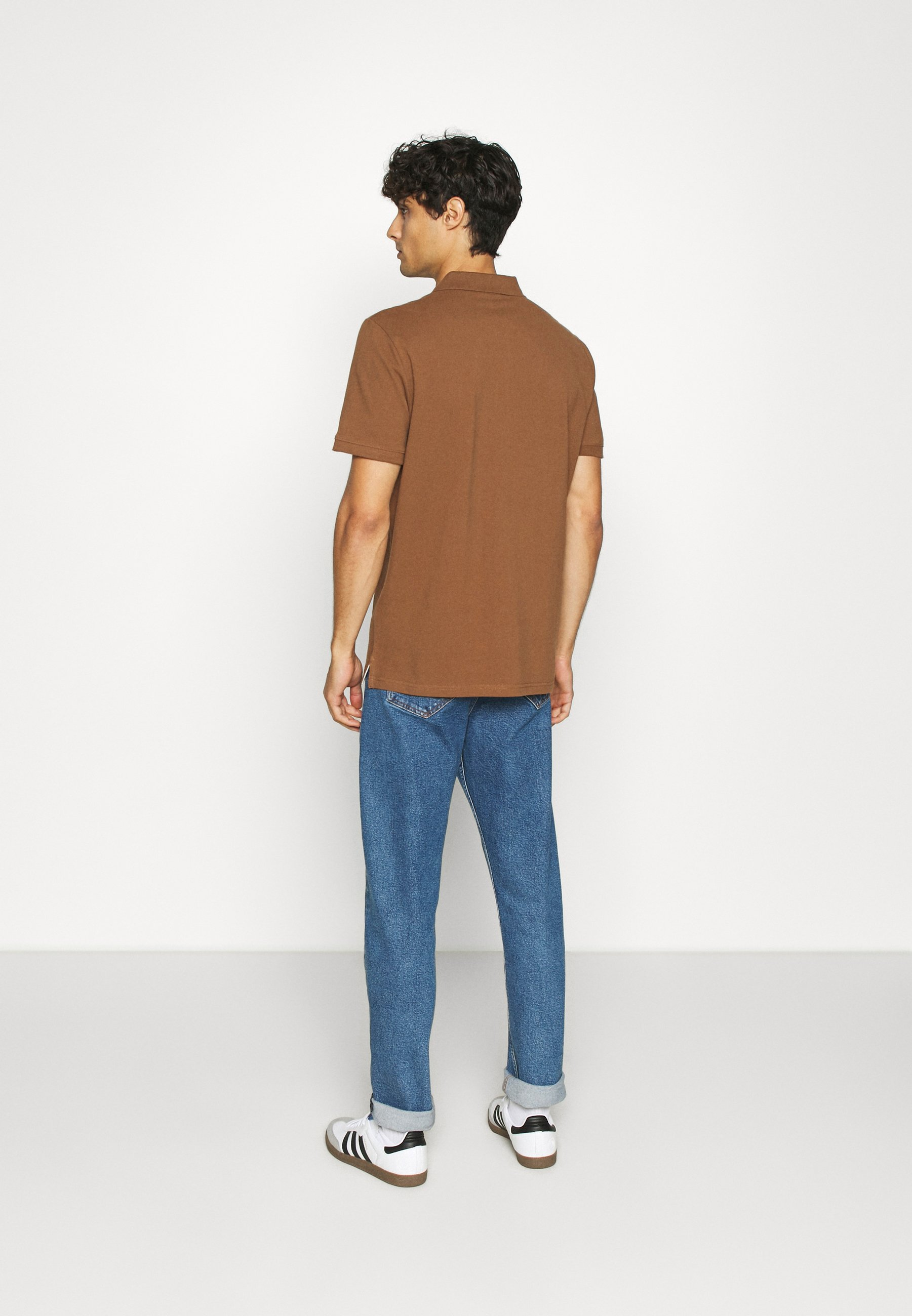 TOM TAILOR WITH CONTRAST - Polo shirt - brown BIQkT