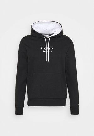 REFLECTIVE CENTER LOGO HOODIE UNISEX - Sweatshirt - black