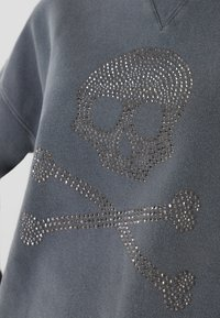 Scalpers - WITH SKULL LOGO AND STUDS - Sweater - grey - 4