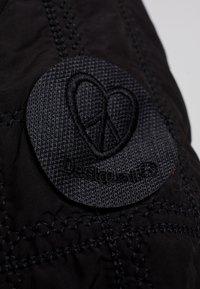 Desigual - PADDED EDIMBURGO - Lehká bunda - black - 7