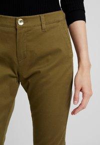 Sisley - TROUSERS - Pantaloni - olive - 5