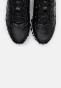 Bogner - PORTO  - Baskets basses - black - 5