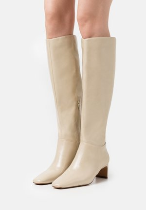 SQUARED LONG TOE SHAFT BOOTS - Støvler - glossy creme
