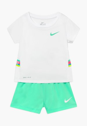 TAPE TEE SET - Trainingsbroek - green glow