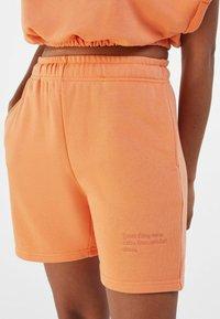 Bershka - Shorts - orange - 3