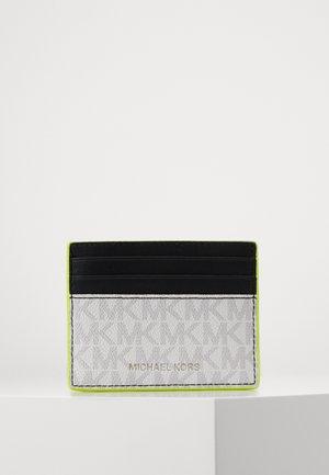 GREYSON TALL CARD CASE - Lompakko - white/neon yellow