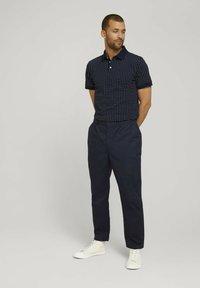 TOM TAILOR - Polo shirt - navy white minimal design - 1