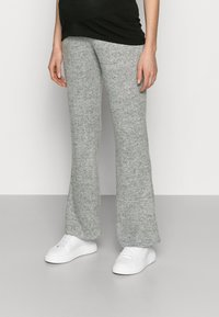 Pieces Maternity - PCMPAM FLARED PANT - Trousers - light grey melange - 0